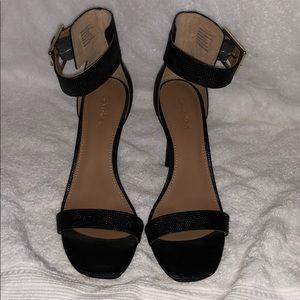 CALVIN KLEIN strap heels